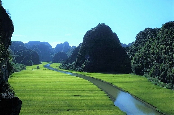 explore-vietnam-and-cambodia-in-19-days-with-2-days-beach-extension-in-hoi-an-vietnam