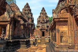 banteay-srei-the-brick-temples-of-angkor
